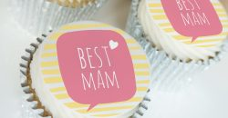 best mum buttercream cupcake gift box